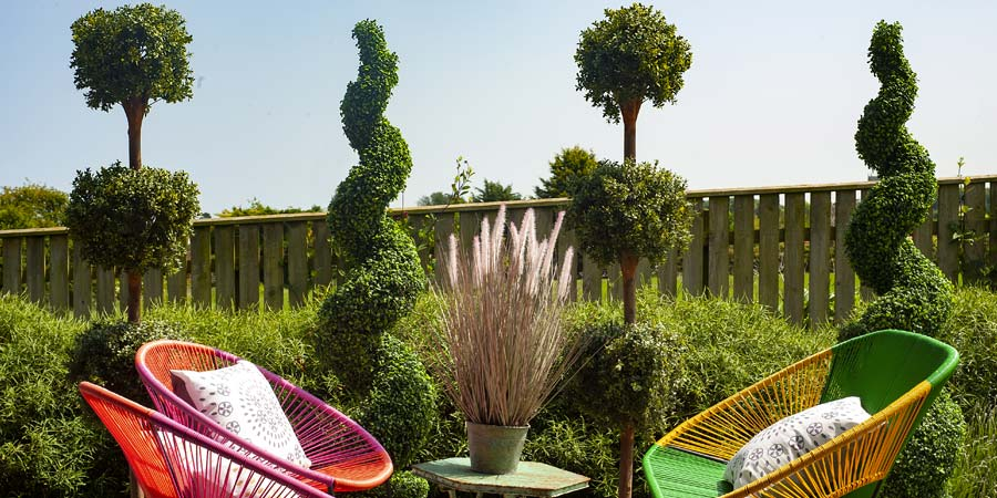 Blooming Artificial pop up topiary