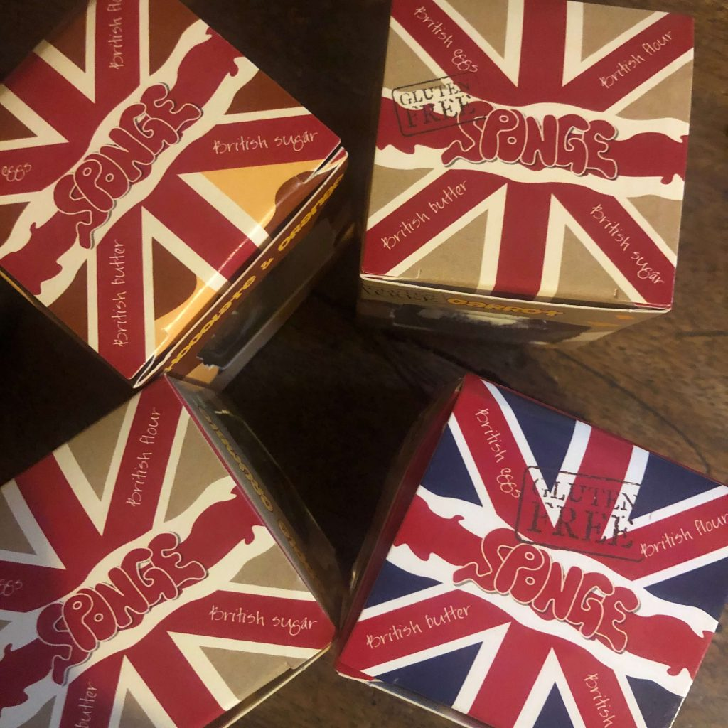 Sponge cake delivery boxes